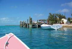 Beautiful colors in the Bahamas